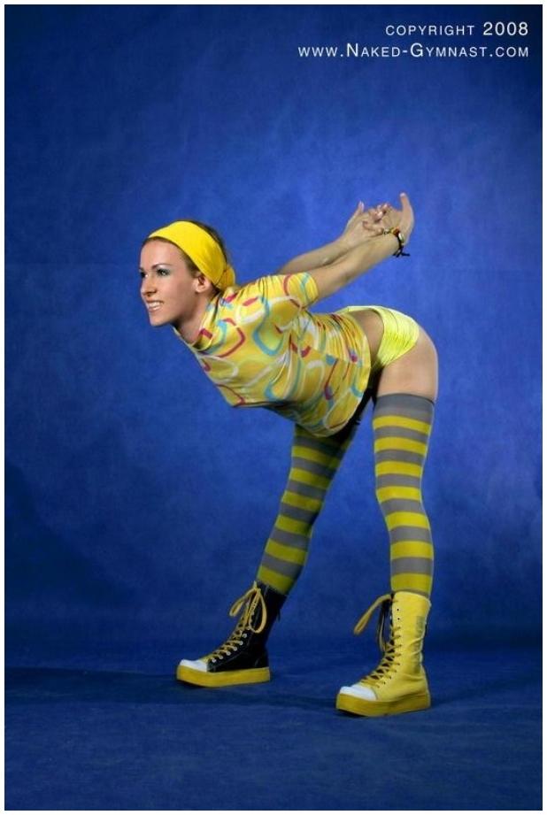 [Nude Sport/Nudist Pictures]_Naked-Gymnast