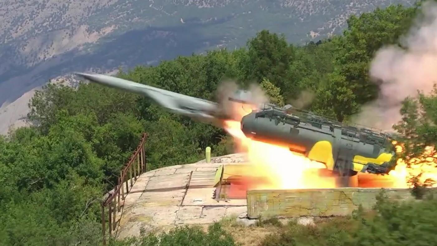 초음속 대함미사일도 요격하는 러시아 해군의 '쉬틸' ...