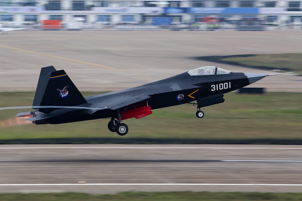 중국 FC-31이 기술적 혁신을 했나?